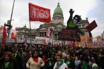 Votação sobre aborto mobiliza Buenos Aires