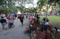 Tradicionais em Porto Alegre, feiras de rua também buscam retomada segura