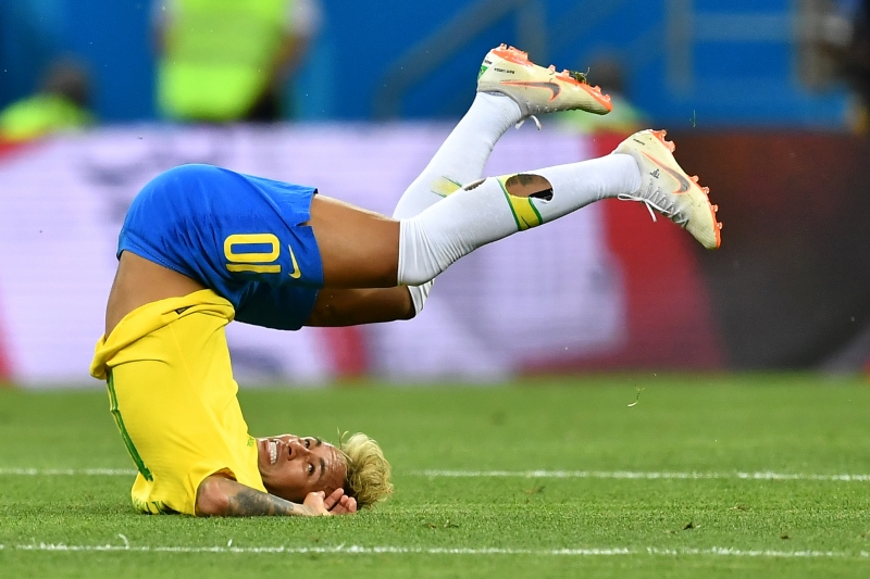 4e890f61f016a Brasil deixa escapar vitória em jogo controverso - Jornal do Comércio