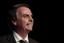 Campanha de Bolsonaro mira vitória no 1º turno com voto útil antipetista