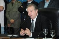 Mauro Carlesse vence 2º turno da eleição suplementar no Tocantins