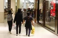 Caminhoneiros e Copa pesam sobre vendas de shoppings no 2º trimestre