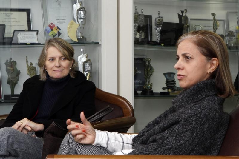 Elaine (E) e Cláudia, da empresa Tondo, alertam sobre a necessidade da organização na parceria entre parentes