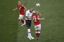 Dinamarca empata com a França em primeiro 0 a 0 da Copa e avança
