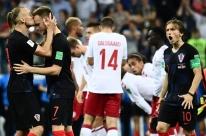 Croácia bate Dinamarca nos pênaltis e pegará a Rússia nas quartas da Copa