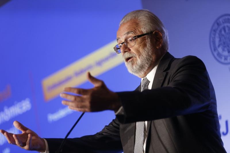 Jaguaribe, presidente da ApexBrasil, destaca a necessidade de reduzir o custo Brasil
