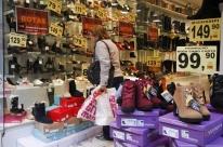 Confiança do comércio cresce 1,4% de outubro para novembro, diz CNC