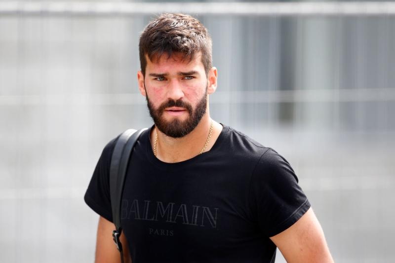 d0649d2ec7 Roma aceita vender Alisson ao Liverpool por R  339 milhões