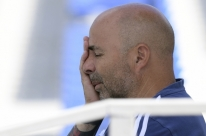 Em 'acordo mútuo', AFA demite técnico Sampaoli após fraca campanha na Copa