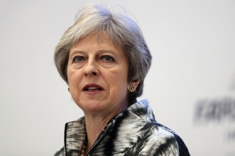 UE confirma reunião sobre Brexit entre Juncker e Theresa May na quinta-feira