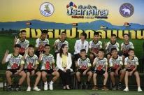 Meninos de caverna na Tailândia contam que escavaram para tentar sair do local