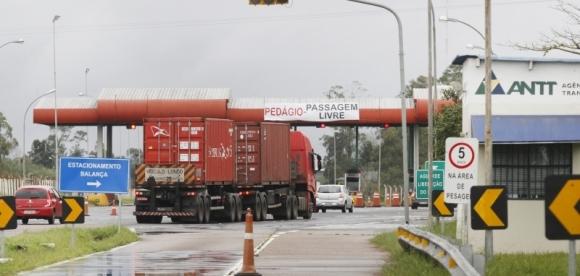 Pesagem de cargas volta a três rodovias gaúcha