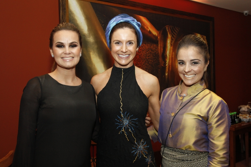 Audrey Hoefel, Zelda Dal'Molin e Letícia Gomes recepcionaram os convidados