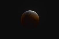 Eclipse total da Lua ocorrenesta sexta-feira; veja dicas para acompanhar