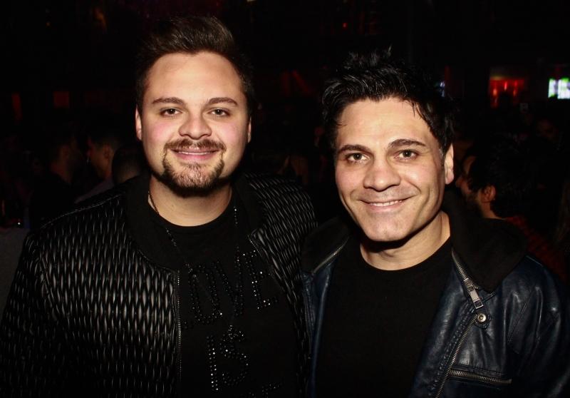 O DJ Guz Zanotto com Leo Zanotto,  no aniversário do promoter Rodrigo Monteiro