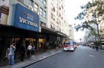 Cine Victoria, tradicional sala de cinema de rua de Porto Alegre, pode fechar as portas