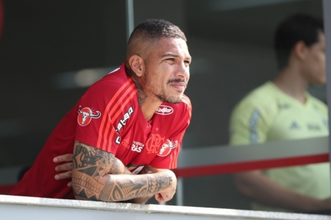 Liberado de treino do Inter, Guerrero vai ao Peru para enterro de sobrinho