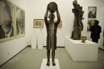 Justiça proíbe entrada de menores de 14 anos na exposição Queermuseu