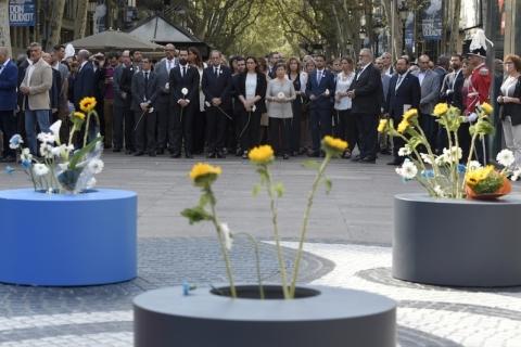 Barcelona lembra um ano de ataque com mortes nas ramblas