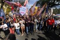 Candidatos ao governo gaúcho têm presença nas ruas e nas redes