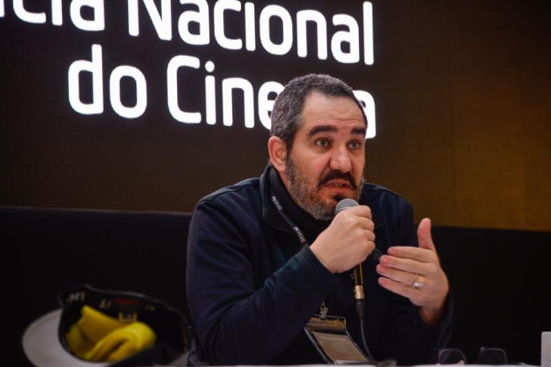 Christian de Castro concedeu coletiva para defender mudanças nos critérios de seleção