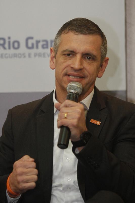 Debate com os candidatos ao governo do Estado, no evento Tá na Mesa, da Federasul. Na foto: Mateus Bandeira