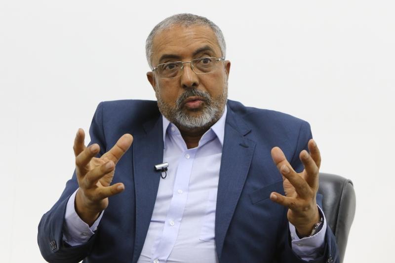"""Paim classifica como """"um absurdo"""" a saída de dois ministros da Saúde em plena pandemia"""