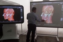 Simulador substitui corpos em cursos de medicina