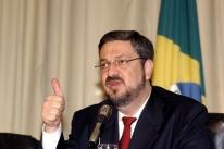 Palocci reafirma que Lula negociou repasses para filho com lobista de montadoras