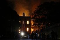 Prédio do Museu Nacional não corre risco de desabar, segundo os Bombeiros