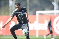 Inter busca vitória para se distanciar do Flamengo