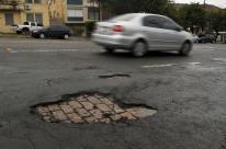 Buracos se espalham pelas vias de Porto Alegre