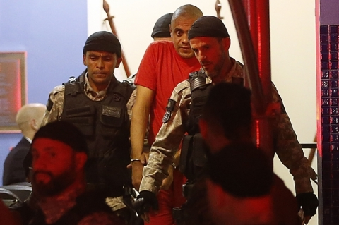 Peritos dizem que agressor de Bolsonaro tem doença mental