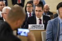 Crise é criada para justificar golpe militar,  diz chanceler