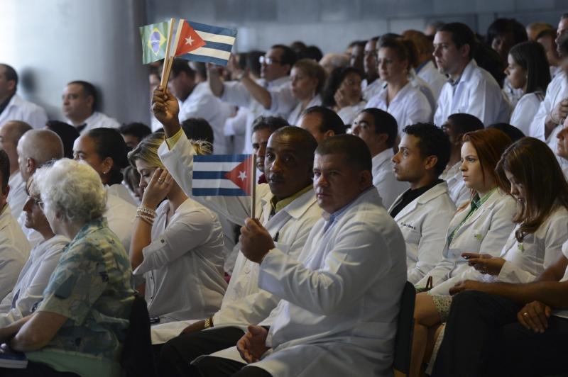 Cubanos ocupavam 47% dos postos de trabalho gerados pelo programa