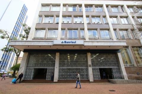 Banrisul começa a receber pedidos para nova fase do Pronampe