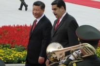 Maduro busca apoio na China para reforçar economia da Venezuela