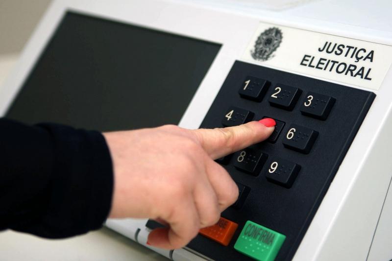 Expectativa do TSE é que mais de 700 mil candidatos disputem as vagas de prefeito e  de vereador