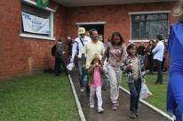 Grupo de venezuelanos desembarca em Porto Alegre