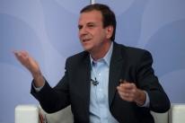 Rio está acima de qualquer discussão ideológica, afirma Paes, líder na apuração