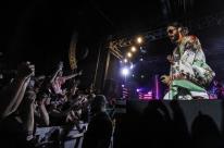 Thirty Seconds To Mars aproxima público durante show em Porto Alegre