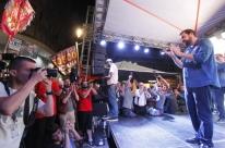 Em ato na Esquina Democrática, Guilherme Boulos pede voto em projeto no primeiro turno