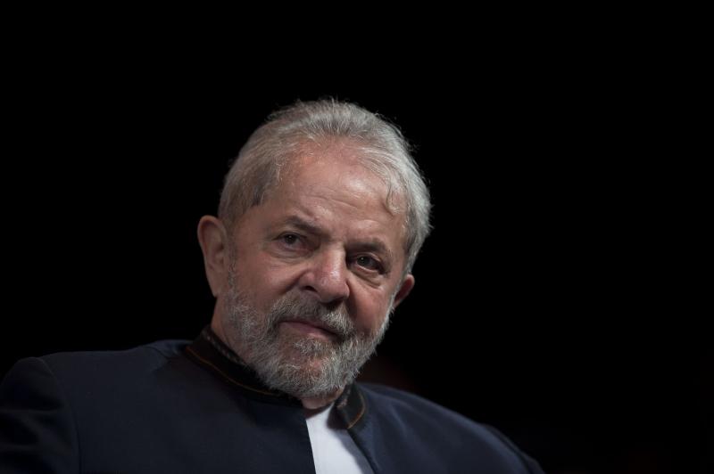 Ex-presidente Lula recebeu a visita de Fernández na sede da Polícia Federal em Curitiba em julho