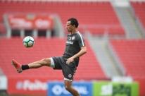 Damião tem lesão diagnosticada e é desfalque contra o Sport