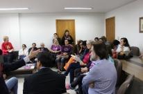 Reunião discute redução de professores em projetos com idosos em Porto Alegre