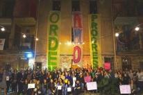 Ato em Porto Alegre pede paz e não violência no Brasil