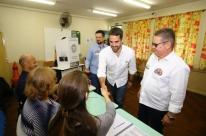 Eduardo Leite minimiza liderança nas pesquisas ao governo gaúcho