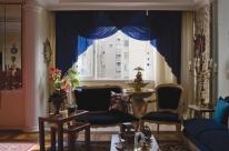 Artista lança fotolivro com vistas de janelas do Centro Histórico de Porto Alegre