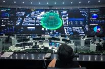 Comitiva porto-alegrense visita centro de controle com 15 mil câmeras na China