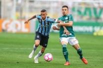 Apático, Grêmio perde para o Palmeiras e se afasta da luta pelo título do Brasileirão